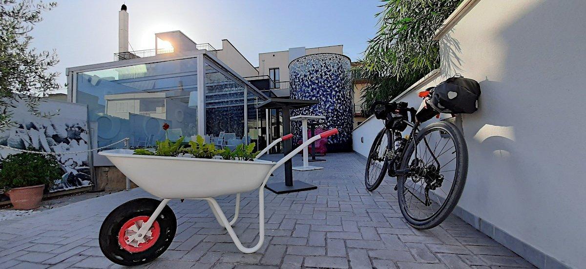 Bike hotel a Gibellina